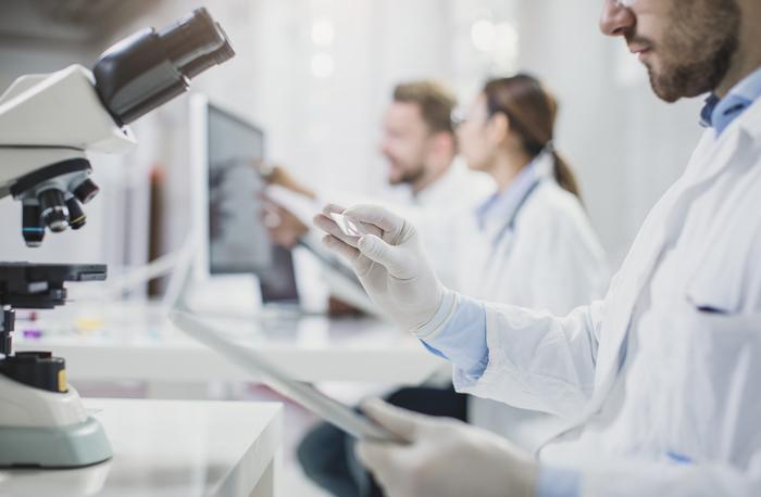 Tumori, al via la cura con le terapie cellulari Car-T