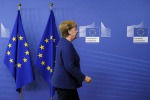 Merkel cerca di mediare, a Berlino il governo balla