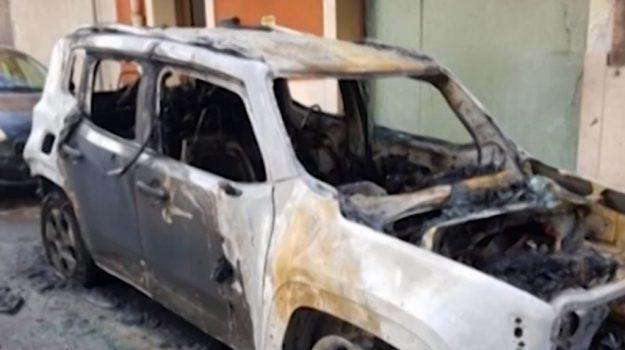 Incendiata a Gela l'automobile del vicesindaco
