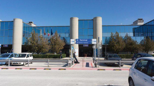aeroporto birgi, Nello Musumeci, Trapani, Economia