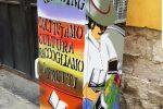Frigo abbandonato diventa una colorata libreria: sbarca a Trapani l'iniziativa del bookcrossing