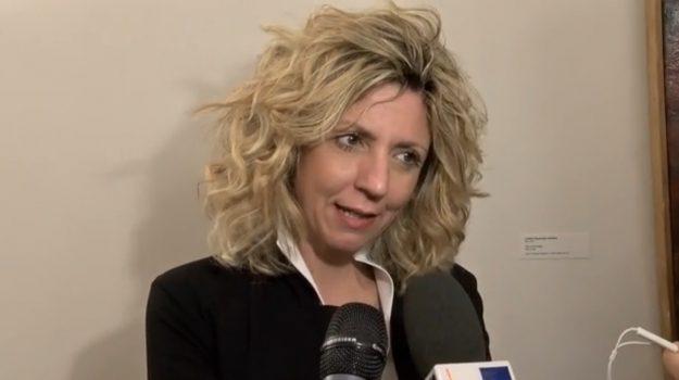 reddito di cittadinanza, Barbara Lezzi, Sicilia, Politica