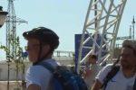 I tifosi inglesi arrivano in Russia... dopo tre settimane in bici