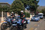 Più sicurezza in città e al mare, a Mondello poliziotti fra bagnanti e turisti