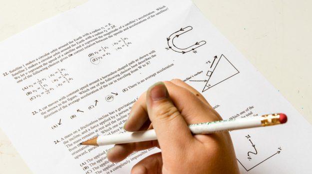 matematica esami terza media, Sicilia, Società