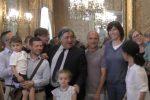 Bimbi con due padri o due madri anche a Palermo, trascritti i primi atti