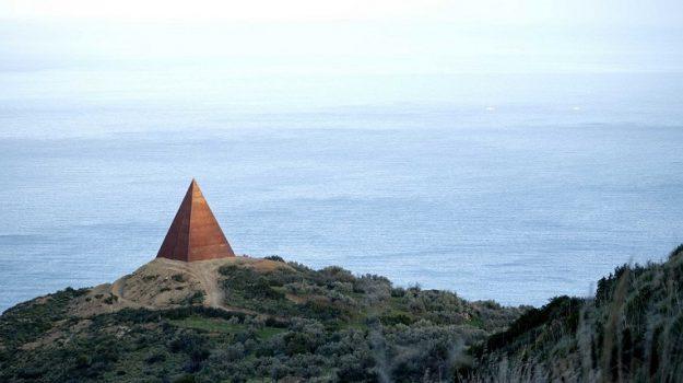 La Piramide a Motta d'Affermo