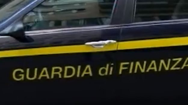 carbon Tax, guardia di finanza, truffa carburante, Ragusa, Cronaca