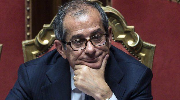 deficit, manovra, Giovanni Tria, Sicilia, Politica