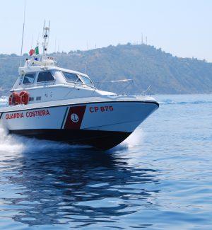 """""""Mare Sicuro"""", il bilancio nella Sicilia orientale: 137 persone salvate e 75 barche soccorse"""