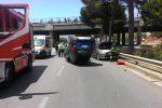 Auto si ribalta in viale Regione Siciliana a Palermo, feriti due giovani