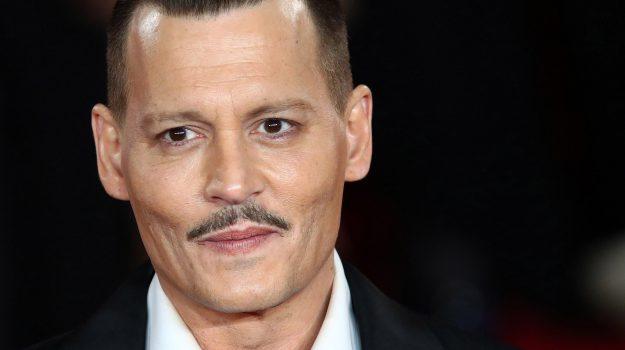 depp fortuna 650 milioni, Johnny Depp, Sicilia, Società