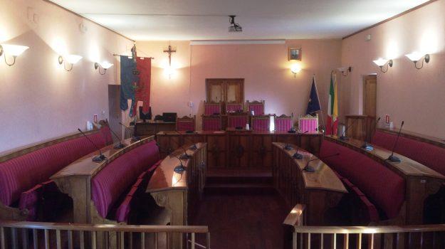 consiglio comunale troina, Enna, Politica