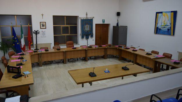 bilancio petrosino, Trapani, Politica