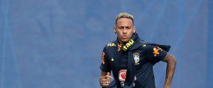 Neymar si infortuna durante l'allenamento, è allarme in casa Brasile