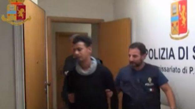 Rapinato giovane a Vittoria, in manette due tunisini