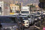 Operai al lavoro e automobilisti incolonnati: le foto dal viale Regione Siciliana