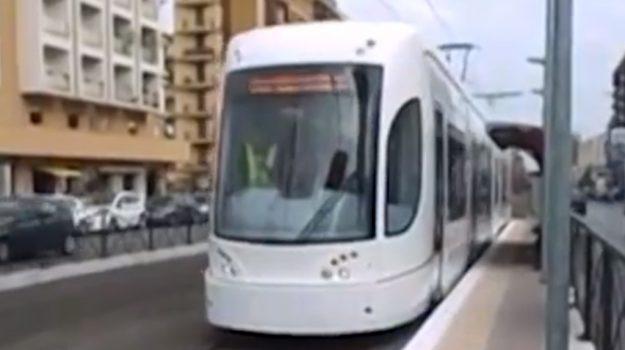 Conti in rosso, Amat cede al Comune la gestione del tram