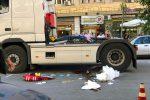 Palermo, anziana investita da un camion in via Dei Cantieri: è grave - Video