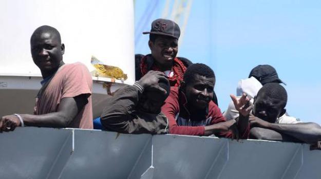 migranti, nave asso, nave riporta migranti in libia, Open Arms, respingimento collettivo, Danilo Toninelli, Matteo Salvini, Sicilia, Mondo