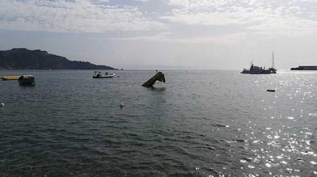 giardini naxos, incidente aereo giardini naxos, Messina, Cronaca
