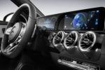 Mercedes, debutto romano per la nuova Classe A