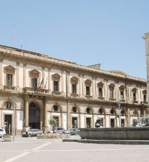 I dipendenti comunali di Caltanissetta chiedono gli arretrati sulle mansioni svolte