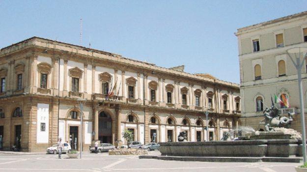 cantieri caltanissetta, Caltanissetta, Economia