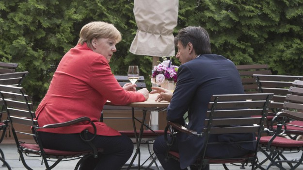 conte-merkel, migranti, reddito di cittadinanza, Schengen, Angela Merkel, Giuseppe Conte, Sicilia, Mondo