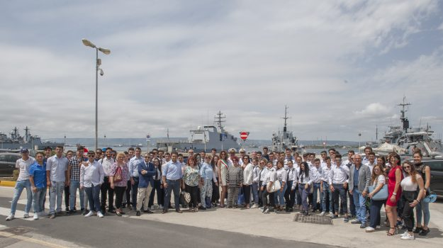 La Marina Militare e quattro istituti delle province di Catania e Siracusa insieme per un progetto di alternanza scuola-lavoro