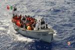 "Migranti, M5s: ""Quanta ipocrisia sul tema, i partner Ue rispettino le regole"""