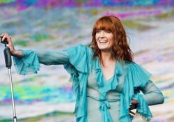 Florence + The Machine torna dal vivo in Italia per due date, il 17 marzo a Bologna e il 18 a Torino. Sul palco Florence porterà insieme ai suoi grandi successi anche i brani del nuovo album «High as hope», anticipato dal singolo «Hunger»
