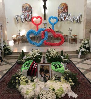 Incendio a Messina, l'addio ai due fratellini morti: una città in lacrime per Fifo e Rani