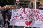 L'incidente di Monte Pellegrino a Palermo, lacrime e musica per l'ultimo saluto a Simona