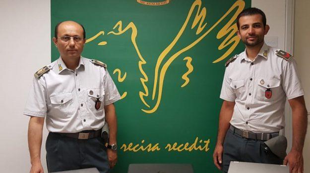 15 mila euro in valigia, Catania, Cronaca