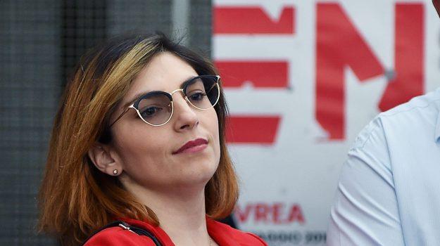 contratto governo m5s lega, Governo M5s Lega, nuovo governo, reddito di cittadinanza, Laura Castelli, Sicilia, Politica