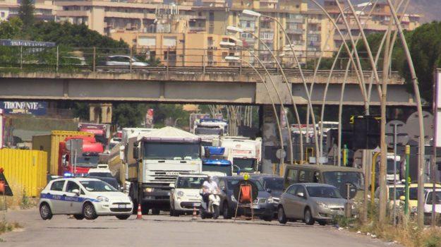 Palermo, al via i lavori sul Ponte Corleone: auto incolonnate in viale Regione Siciliana