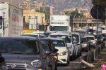 Traffico bloccato sulla circonvallazione, le immagini dal Ponte Corleone chiuso a metà