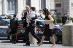 Lorenzo Fontana neo ministro alla famiglia e Stabilità con in braccio la figlia e accompagnato dalla moglie arrivano al palazzo del Quirinale