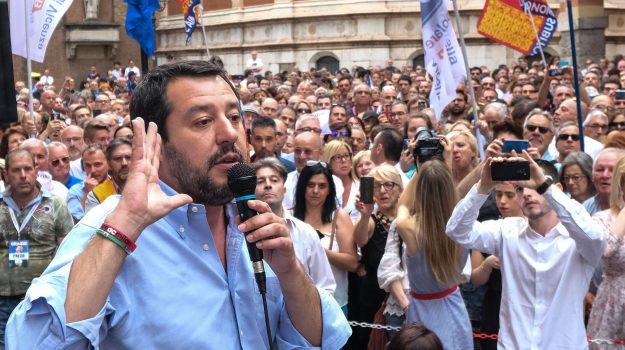 fontana famiglie gay, Lega, Lorenzo Fontana, Matteo Salvini, Sicilia, Politica
