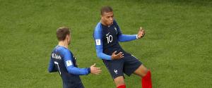 Mondiali, Mbappè fa volare la Francia agli ottavi: eliminato il Perù