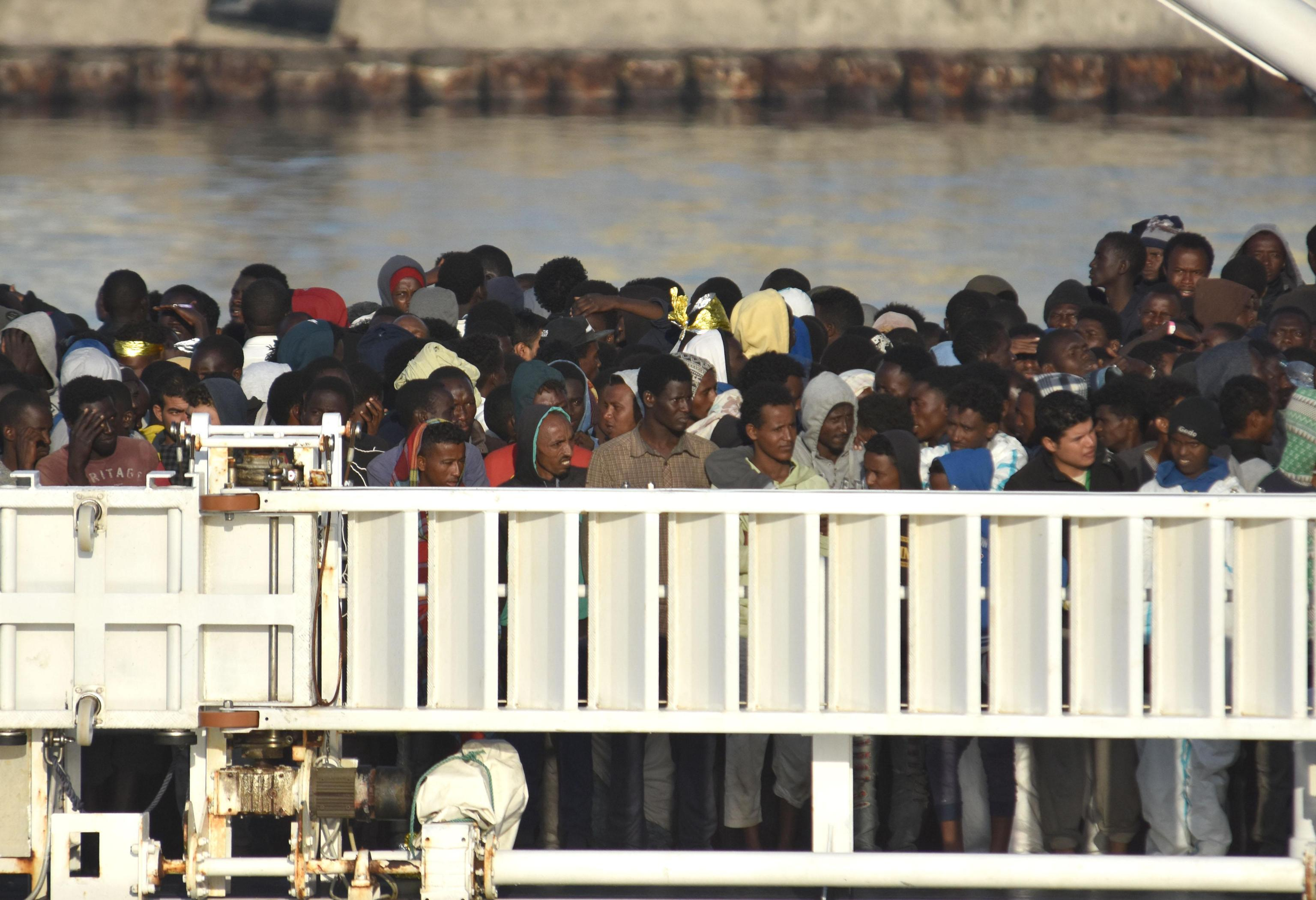 Migranti, Salvini non abbassa i toni: