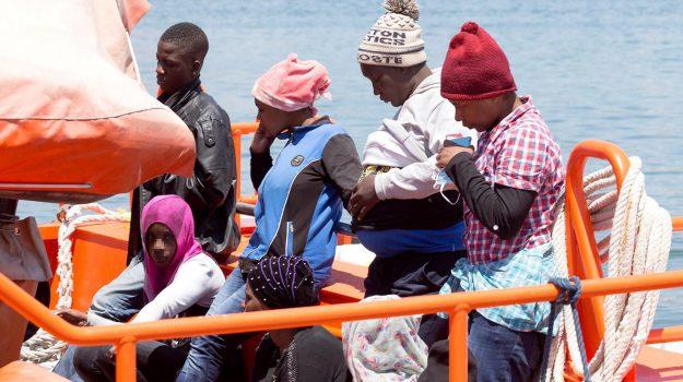 Giornata mondiale rifiugiato Lampedusa, Agrigento, Cronaca