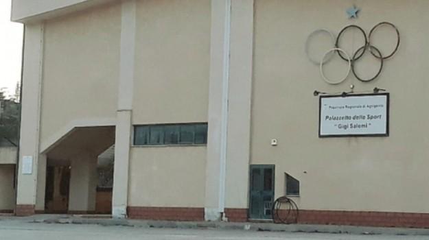 palazzetto dello sport racalmuto, Agrigento, Cronaca