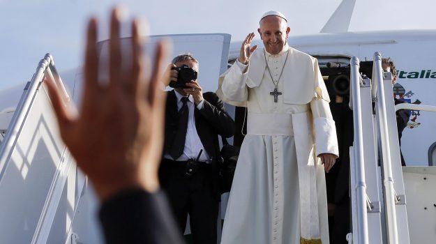 falsi biglietti papa francesco, papa a palermo, Papa Francesco, Palermo, Cronaca