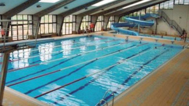 piscina comunale campobello di licata, Agrigento, Economia