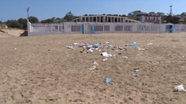 agrigento, rifiuti, spiaggia, Agrigento, Cronaca