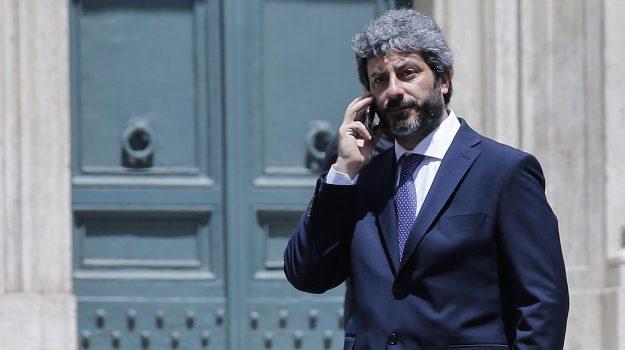 Manovra governo, Roberto Fico, Sicilia, Politica
