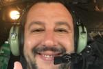 """Migranti, Salvini vola in Libia: """"Massimo impegno per affrontare insieme l'emergenza"""""""