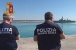"""Sbarco a Pozzallo: """"Per arrivare in Sicilia 1.500 euro. Migrante costretto a fare lo scafista"""""""
